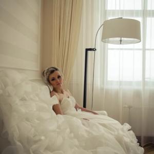Свадебная причёска для невесты минск выезд недорого