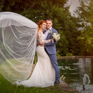 прическа для невесты минск недорого